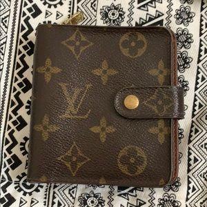 Louis Vuitton Compact Vintage Wallet